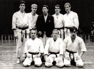 A piedi nudi tra i rovi: l'alba del karate italiano