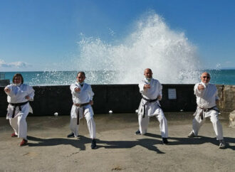 Karate to umi – Karate sul mare